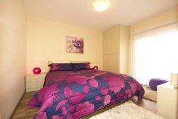 Спальня. Кипр, Центр Лимассола : Прекрасный пентхаус с террасой и видом на море, с просторной гостиной, тремя спальнями, двумя ванными комнатами, в 170 метрах от пляжа
