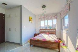 Студия (гостиная+кухня). Кипр, Гермасойя Лимассол : Уютная студия в комплексе с бассейном и теннисным кортом