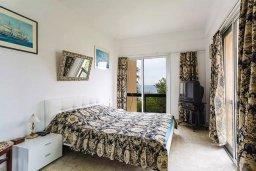 Спальня 3. Кипр, Айос Тихонас Лимассол : Уютный апартамент возле пляжа с гостиной, тремя спальнями, двумя ванными комнатами и балконом