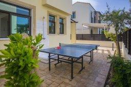Терраса. Кипр, Санрайз Протарас : Великолепная вилла с 3-мя спальнями, с просторным двориком с патио, барбекю и настольным теннисом, расположена в центре Протараса