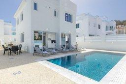 Фасад дома. Кипр, Каво Марис Протарас : Современная вилла с бассейном и двориком с барбекю, 3 спальни, 4 ванные комнаты, терраса на крыше, парковка, Wi-Fi