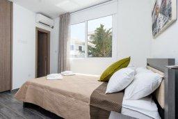 Спальня 2. Кипр, Каво Марис Протарас : Современная вилла с бассейном и двориком с барбекю, 3 спальни, 4 ванные комнаты, терраса на крыше, парковка, Wi-Fi