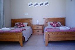 Спальня 2. Кипр, Ионион - Айя Текла : Уютная вилла с бассейном и двориком с барбекю, 3 спальни, 2 ванные комнаты, парковка, Wi-Fi