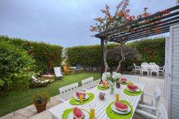 Терраса. Кипр, Каво Марис Протарас : Уютная вилла с зеленым двориком и барбекю, 2 спальни, парковка, Wi-Fi