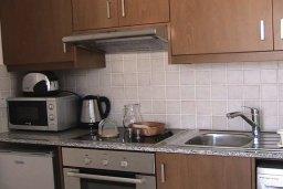 Кухня. Кипр, Пафос город : Уютная студия в комплексе с бассейном