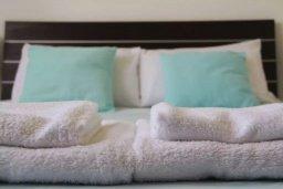 Спальня. Кипр, Пафос город : Уютная студия в комплексе с бассейном