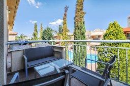 Балкон. Кипр, Гермасойя Лимассол : Таунхаус в комплексе с бассейном, 3 спальни, 2 ванные комнаты, патио, балкон, парковка, Wi-Fi