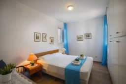 Спальня. Кипр, Пернера : Двухуровневый апартамент в 70 метрах от пляжа, с гостиной, 3-мя спальнями и террасой с видом на море