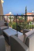 Балкон. Кипр, Лачи : Современный апартамент с гостиной, двумя спальнями и балконом