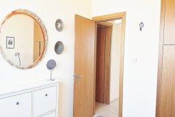 Спальня. Кипр, Ларнака город : Апартамент с гостиной, двумя спальнями и большим балконом с видом на море