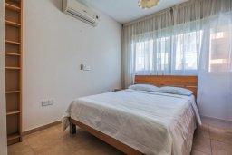 Спальня 3. Кипр, Мутаяка Лимассол : Апартамент с просторной гостиной, тремя отдельными спальнями и двумя ванными комнатами, для 6 человек