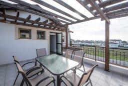 Балкон. Кипр, Ионион - Айя Текла : Прекрасная вилла с бассейном и двориком с барбекю, 3 спальни, 2 ванные комнаты, парковка, Wi-Fi