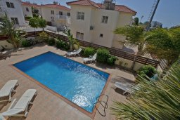 Бассейн. Кипр, Нисси Бич : Прекрасная вилла с бассейном и двориком с барбекю, 3 спальни, парковка, Wi-Fi