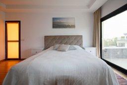 Спальня. Кипр, Гермасойя Лимассол : Пентхаус в 40 метрах от пляжа, с просторной гостиной, тремя спальнями, двумя ванными комнатами и балконом с видом на море