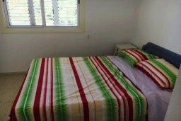 Спальня. Кипр, Корал Бэй : Таунхаус в комплексе с бассейном, 2 спальни, балкон с видом на море