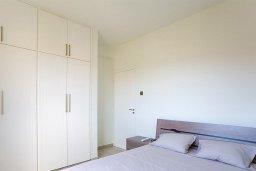 Спальня. Кипр, Центр Лимассола : Апартамент недалеко от моря с гостиной и двумя спальнями
