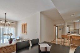 Гостиная. Кипр, Мутаяка Лимассол : Апартамент с гостиной, отдельной спальней и террасой