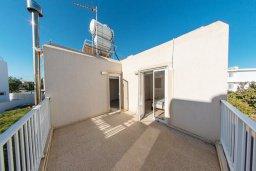 Балкон. Кипр, Пернера : Прекрасная вилла с двориком с барбекю, 3 спальни, парковка, Wi-Fi