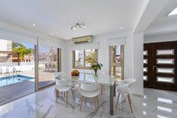 Кипр, Фиг Три Бэй Протарас : Современная вилла с бассейном в 100 метрах от пляжа, просторная гостиная с большой кухней, 3 спальни, 3 ванные комнаты, патио, барбекю, парковка, Wi-Fi
