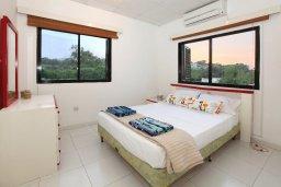 Спальня. Кипр, Каво Марис Протарас : Прекрасная вилла с зеленым двориком, 3 спальни, 2 ванные комнаты, парковка, Wi-Fi